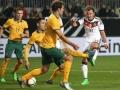 Mario Goetze (R) beim Länderspiel Deutschland gegen Australien in KaiserslauternAFP PHOTO / DANIEL ROLAND