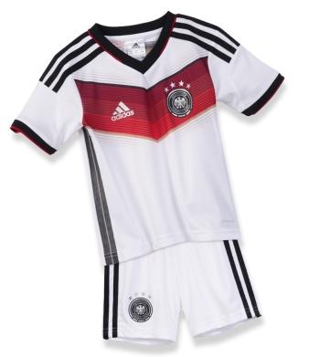 Das DFB Kindertrikot 2014 als Minikit