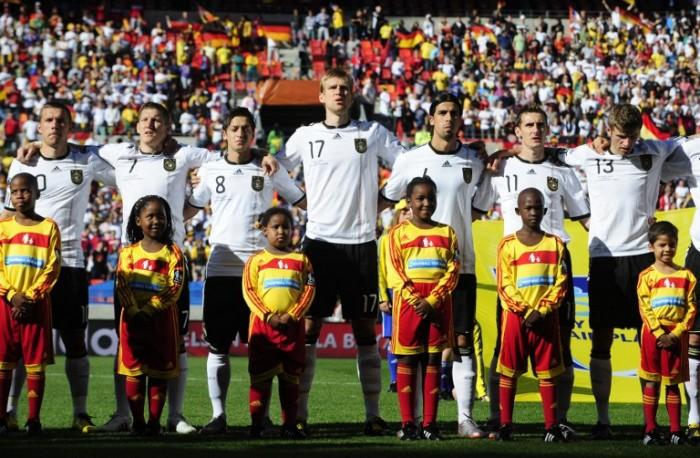 Die Deutsche Fußballnationalmannschaft bei der WM 2010 in Südafrika (Foto AFP)