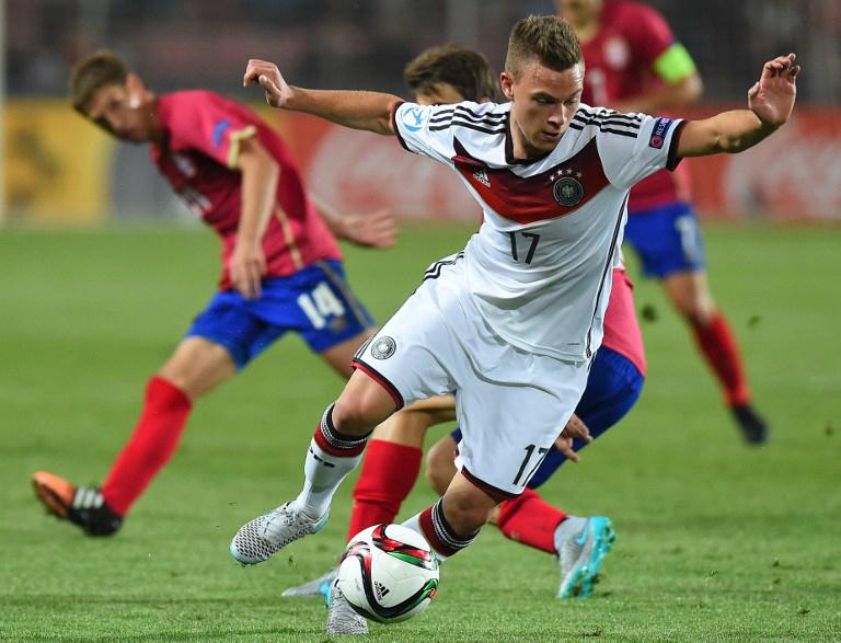 Joshua Kimmich beim U21-Auftaktspiel gegen Serbena in Prag am 17.Juni 2015. AFP PHOTO JOE KLAMAR