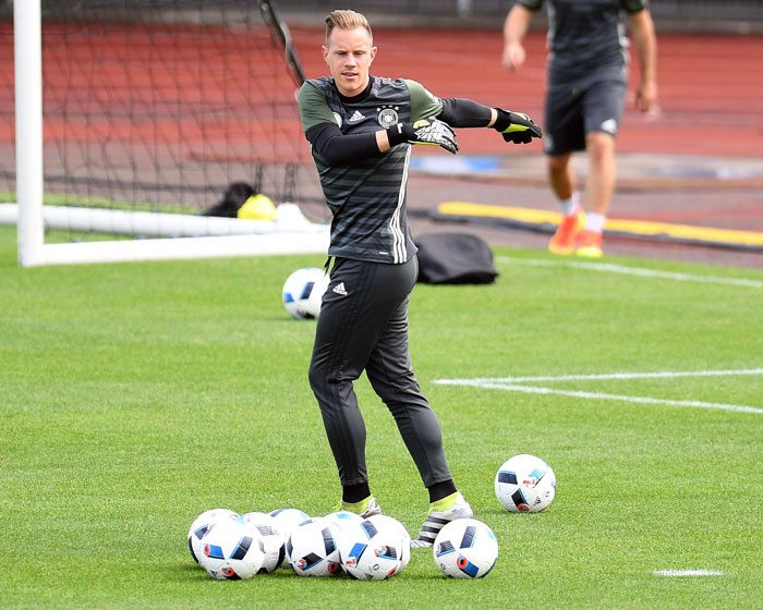Marc-Andre Ter Stegen im EM-Trainingslager in Evian-les-Bains am 8.Juni 2016. / AFP PHOTO / PATRIK STOLLARZ