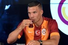 Galatasaray Istanbul: Lukas Podolski am 4.Juli 2015 in der TT Arena in Istanbul. AFP PHTO/ OZAN KOSE