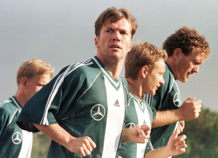 Lothar Matthaus trainiert vor der Copa Confederaciones asoccer tournament in Guadalajara, Mexico 20 July 1999. AFP PHOTO Jorge SILVA