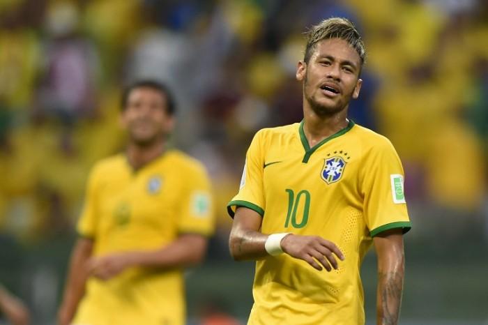 Neymar mit dem 5-Sterne Brasilien Trikot bei der heimischen WM. AFP PHOTO / FABRICE COFFRINI