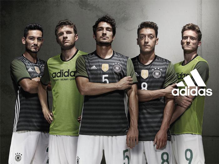 Das neue adidas DFB Auswärtstrikot (Foto adidas)