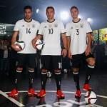Neues DFB-Trikot 2016 wird von Emre Can, Lukas Podolski und Jonas Hector präsentiert (copyright adidas presse)
