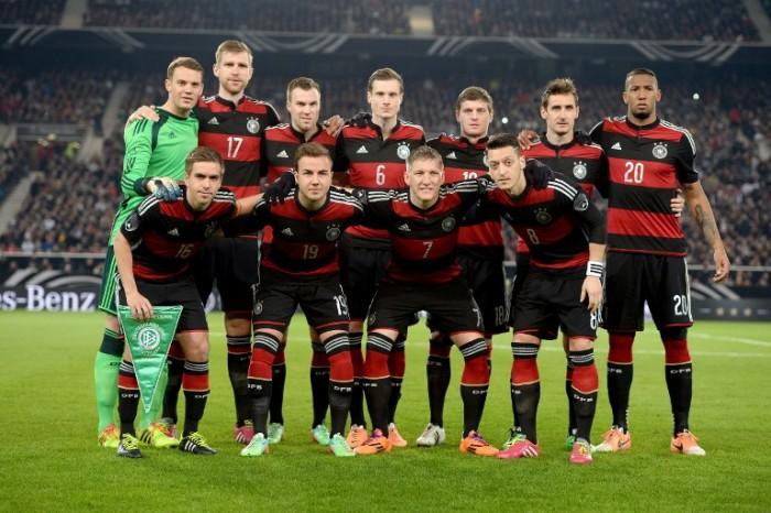 Deutschland beim Länderspiel gegen Chile im Frühjahr 2014, welches zur Vorbereitung auf die WM galt. AFP PHOTO / PATRIK STOLLARZ