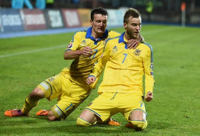Ukraine's Andriy Yarmolenko (R) celebrates after scoring during the Group C Euro 2016 qualifying football match between Luxembourg and Ukraine at the Josy Barthel stadium in Luxembourg , November 15, 2014. AFP PHOTO/Emmanuel Dunand