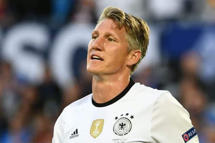 Bastian Schweinsteiger im EM-Viertelfinale gegen Italien (Foto AFP Stollartz)