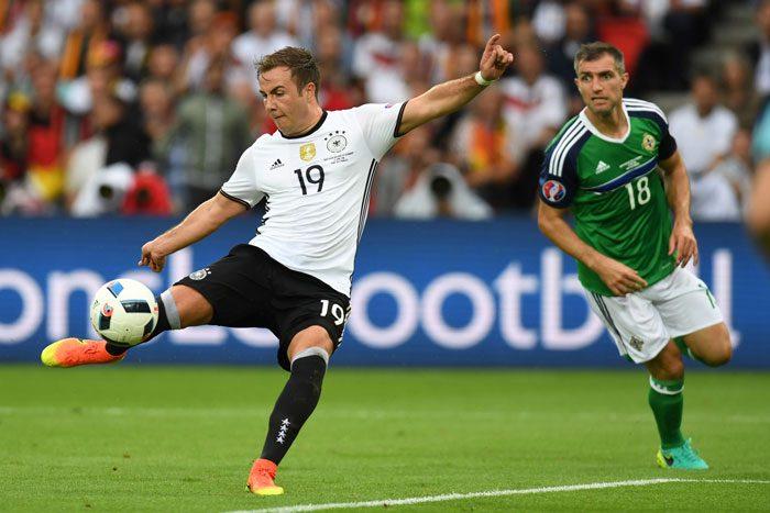 Mario Götze beim Vorrundenspiel gegen Nordirland am 21.Juni 2016. / AFP PHOTO / PATRIK STOLLARZ