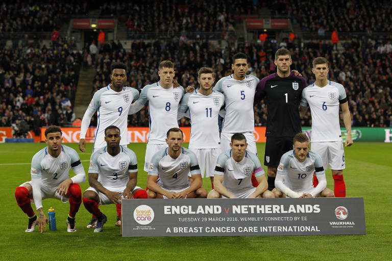 England-Auswärtstrikot