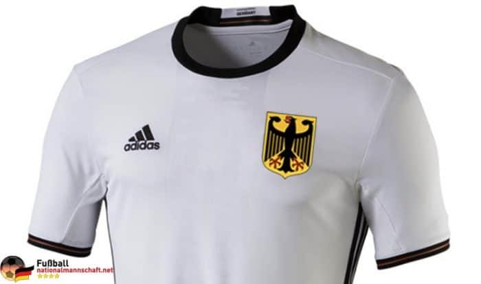 meet aa358 7c55a DOSB: Olympia Fußball Trikots ohne DFB Emblem
