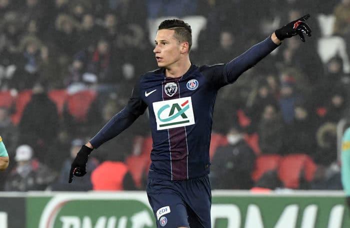 Paris Saint-Germain's Julian Draxler (C) gegen Bastia (SCB) im Parc des Princes stadium in Paris, am 7.Januar 2017. / AFP PHOTO / ALAIN JOCARD