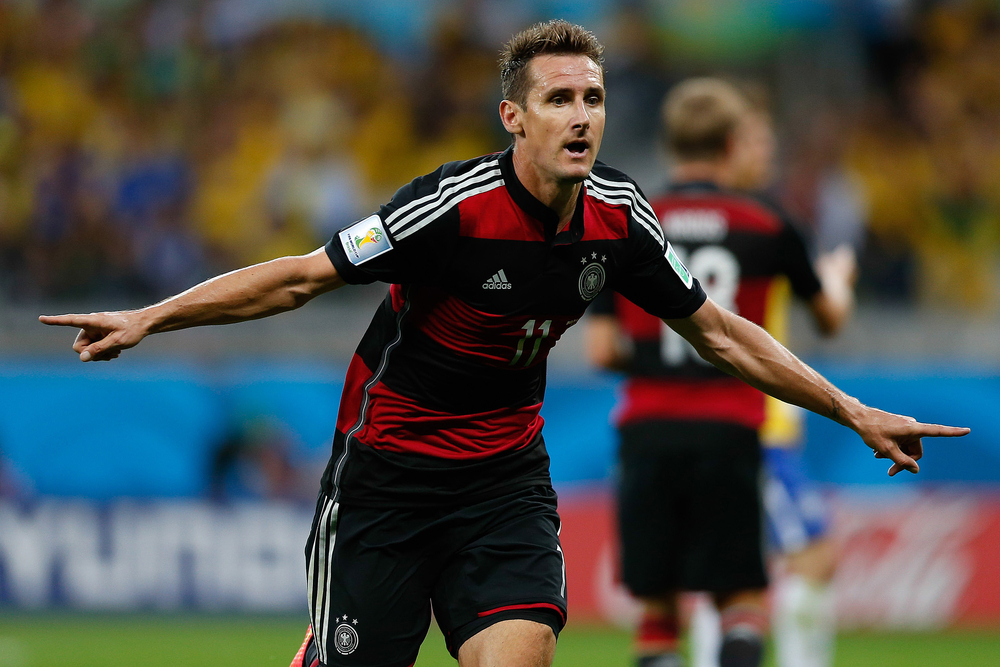Mit 71 Toren ist Miroslav Klose der erfolgreichste deutsche Länderspieltorschütze aller Zeiten. Bildquelle: AGIF – 203745127 / Shutterstock.com
