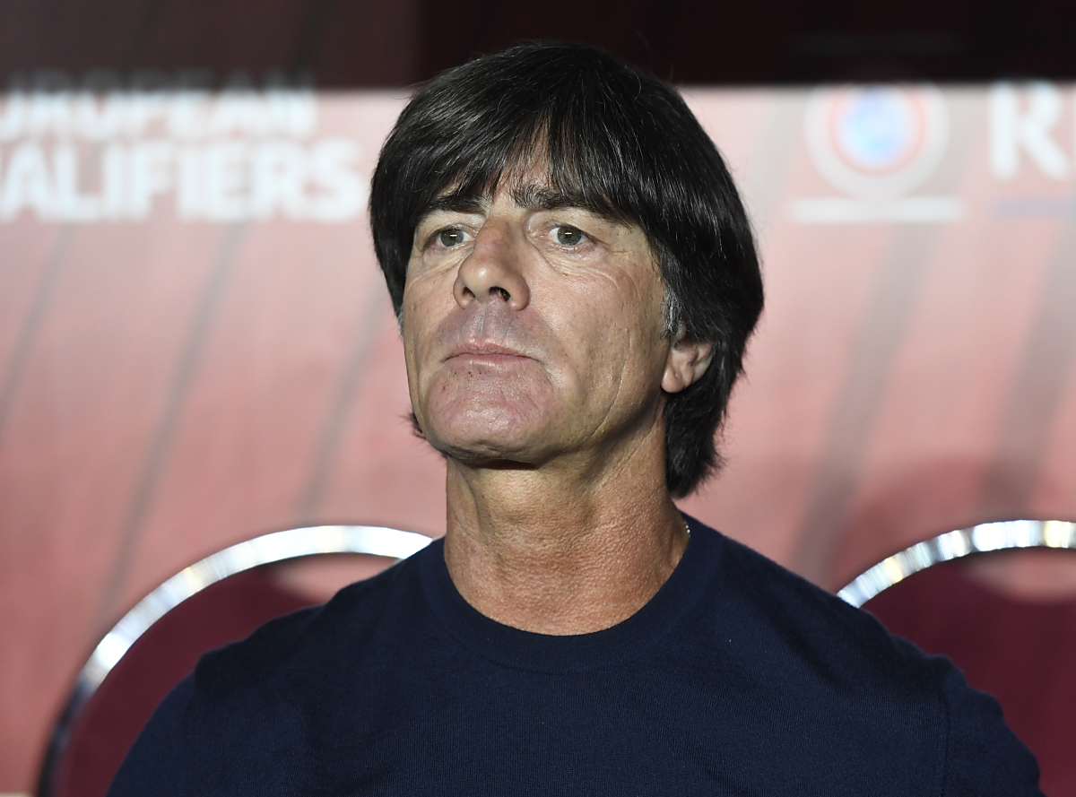 Joachim Löw vor dem FIFA World Cup 2018 qualification football match gegen Nordirland. / AFP PHOTO / ROBERT MICHAEL