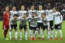 Das neue Deutschland Trikot 2018 im ersten Einsatz gegen Frankreich (Foto AFP)