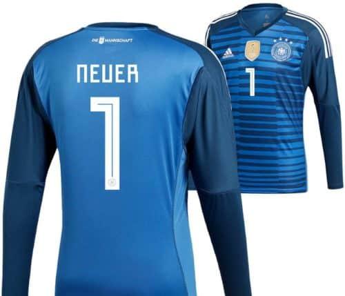 Das Torwarttrikot mit der Rückennummer 1 von Manuel Neuer
