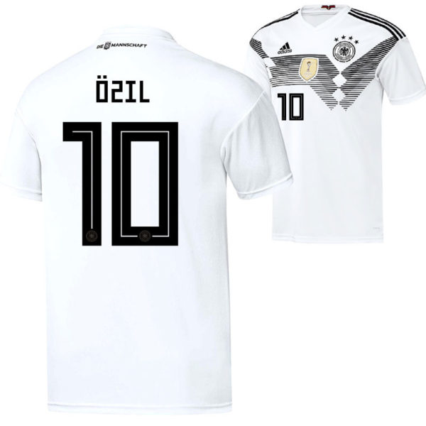 DFB Trikot 2018: Mesut Özil mit der Rückennummer 10