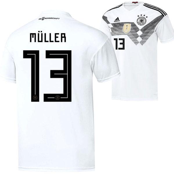 Das neue DFB Trikot 2018 mit der Rückennummer 13