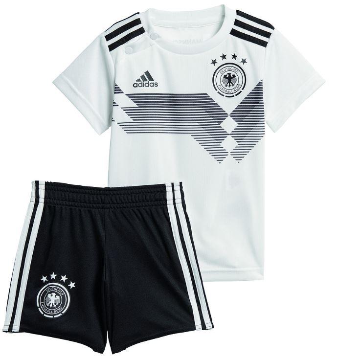 Das neue DFB Trikot als Babykit