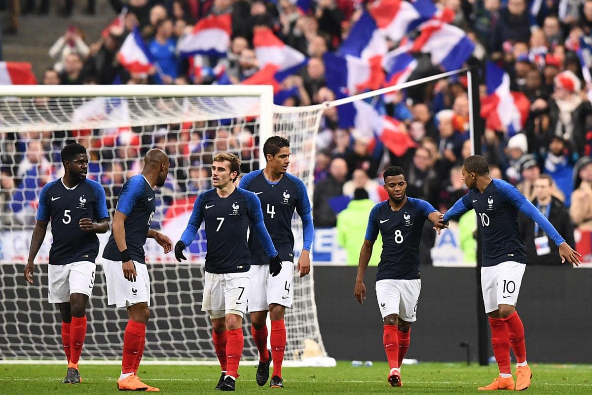 Frankreich im neuen Heimtrikot 2018 von nike (Foto AFP)