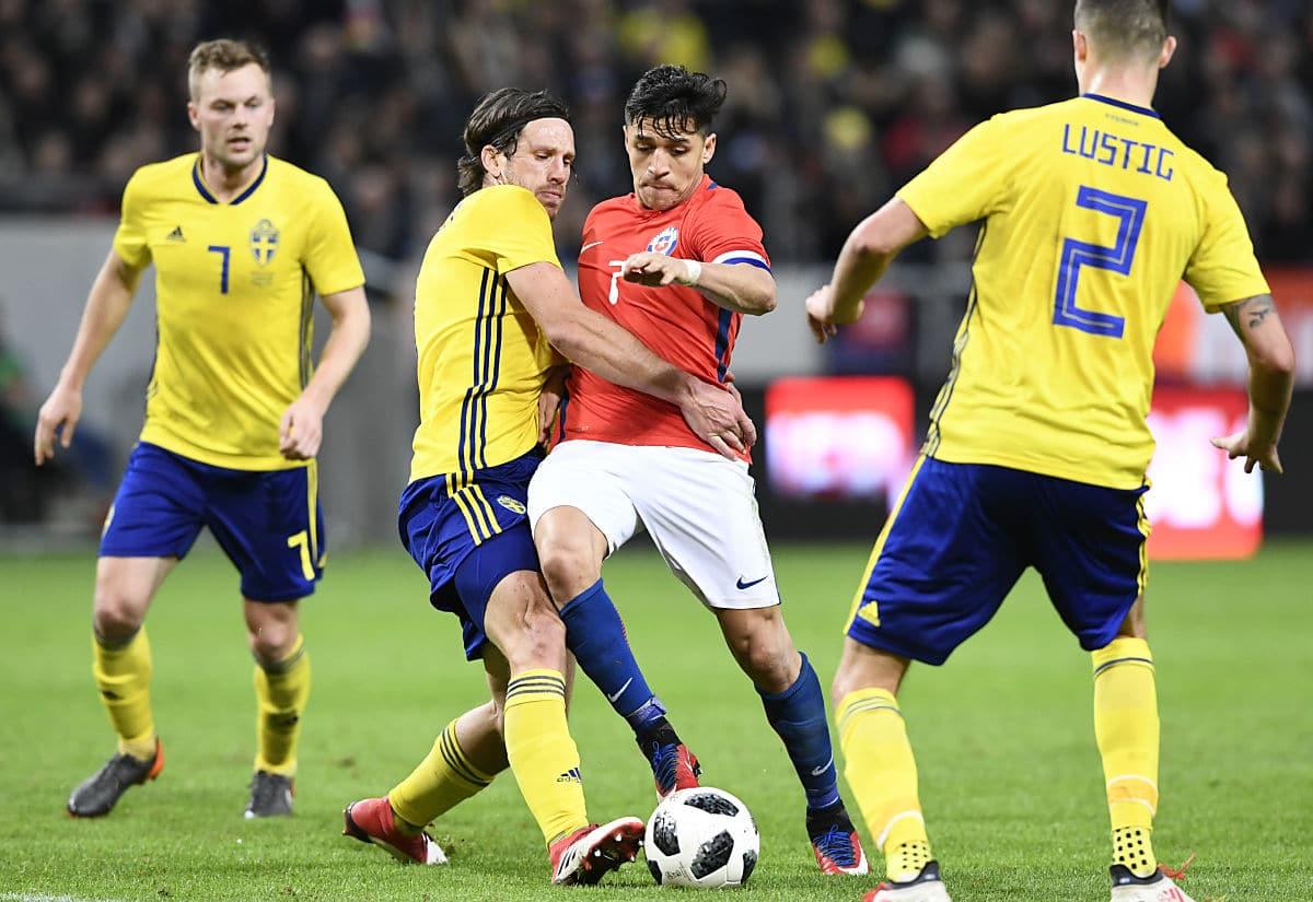 Schweden in den neuen WM Trikots 2018 von adidas beim Testspiel gegen Chile im März 2018 (Foto aFP)