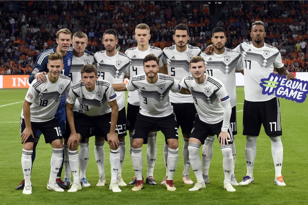 best sneakers d78f7 3df90 Deutschland Trikot 2020 ⚽ Alles zum neuen DFB Trikot 2020 ...
