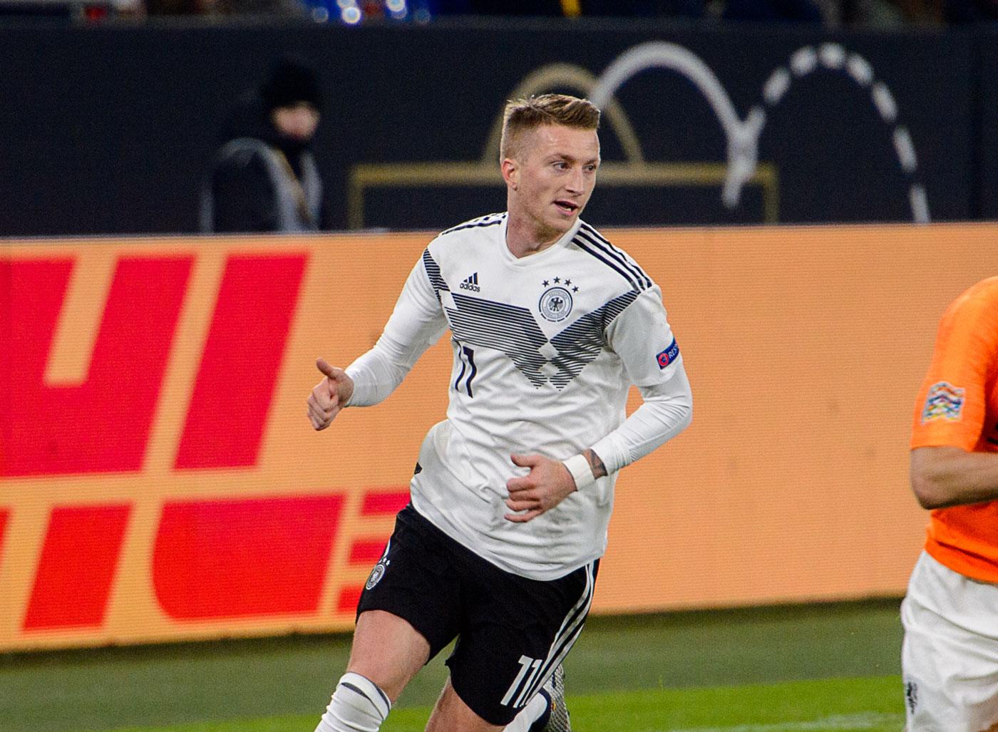 Marco Reus mit der Nummer 11 auf dem DFB Trikot 2019 gegen die Niederlande (Foto Shutterstock)