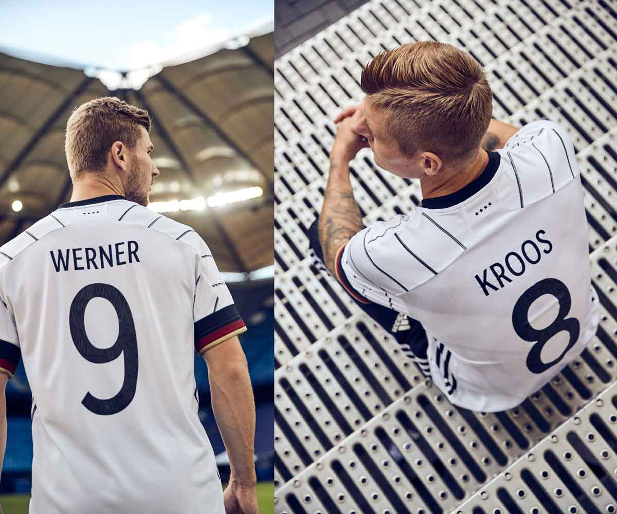 Timo Werner und Toni Kroos zeigen das neue DFB Trikot von hinten! (Copyright adidas)