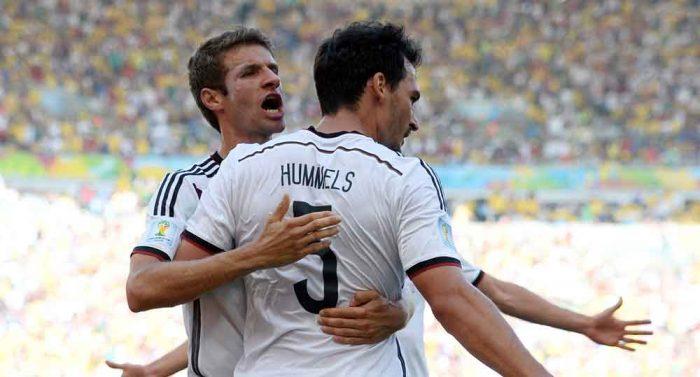 Mats Hummels und Thomas Müller sind wieder da und fahren gemeinsam zur UEFA EURO 2020! (Foto AFP)