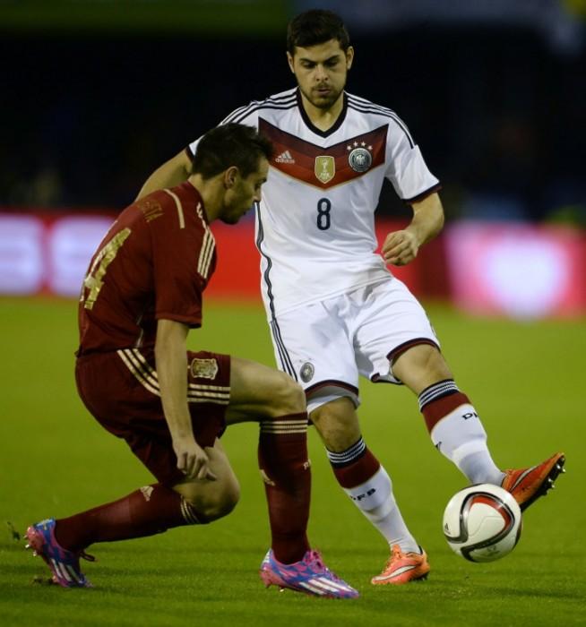 Kevin Volland 2015 im DFB Trikot mit der Nummer 8 (Foto AFP)